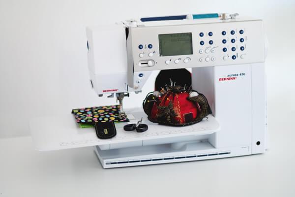 In unseren Nähkursen stellen wir Ihnen hochwertige Nähmaschinen passend zu Ihrem Projekt zur Verfügung